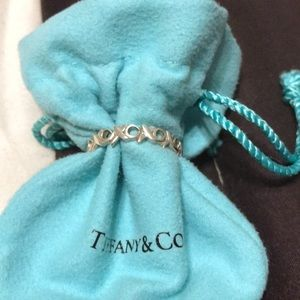 Tiffany & Co x o band ring